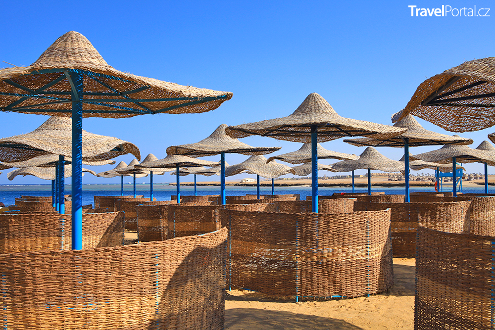 hotelová pláž v Marsa Alam