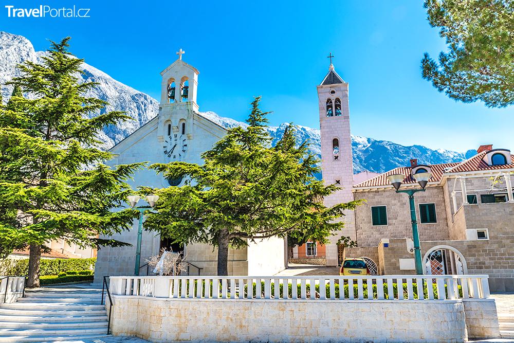Farní kostel sv. Mikuláše, Baška Voda