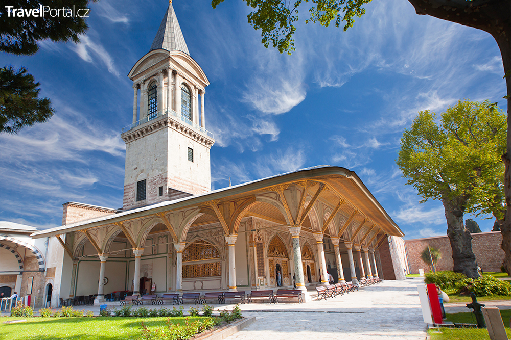 palác Topkapi ve městě Istanbul