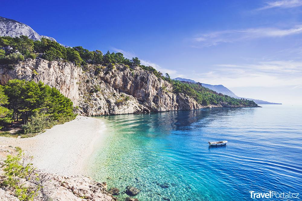 pláž Nugal nedaleko města Makarska
