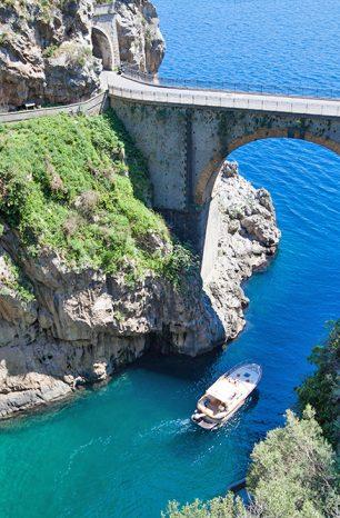 Fiordo di Furore v Itálii nadchne fjordem, pláží i krásným okolím