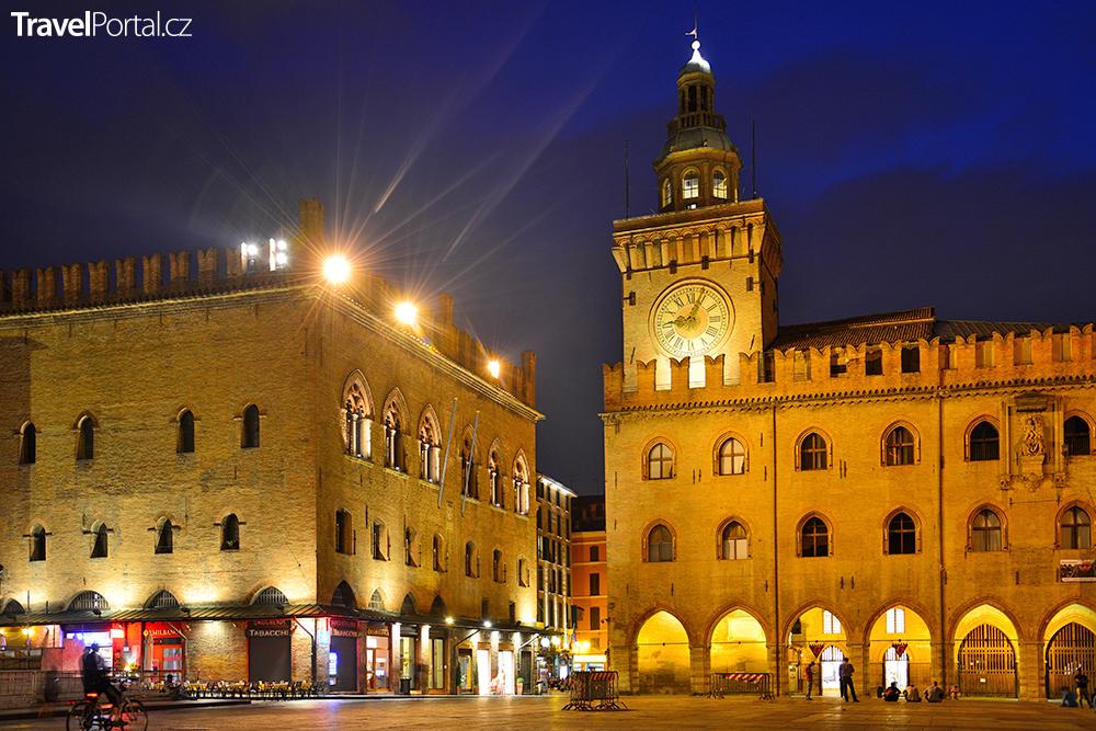 Palazzo Comunale ve městě Bologna