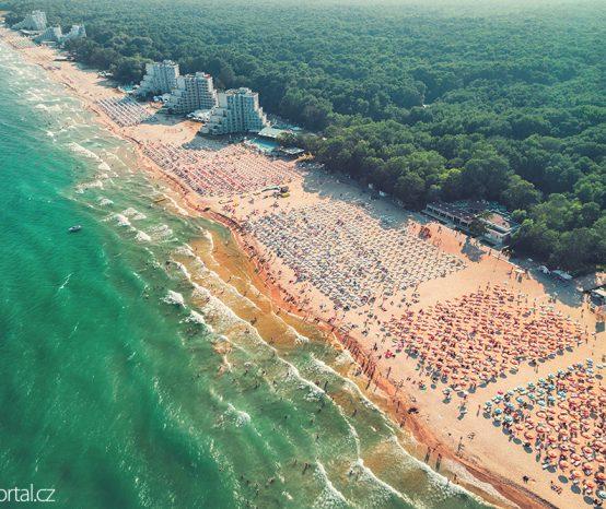 Albena: Bulharské letovisko láká na dlouhou pláž, lázně a sport
