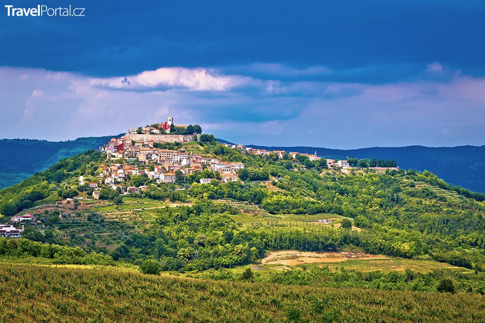 město Motovun na Istrii