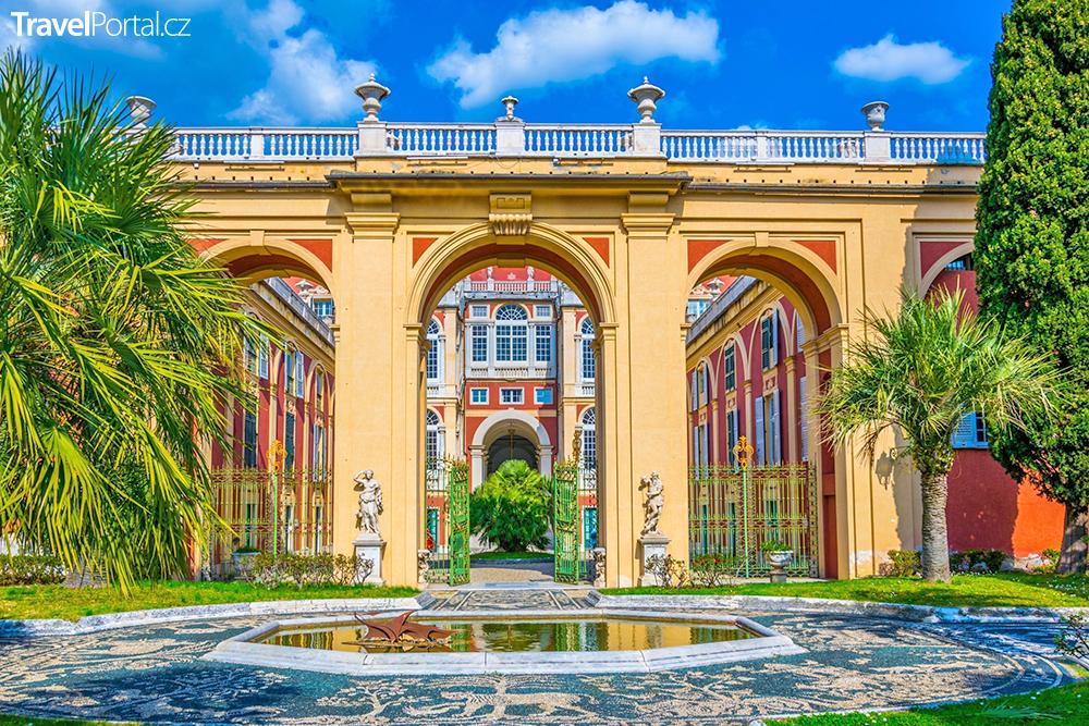 Palazzo Reale ve městě Janov
