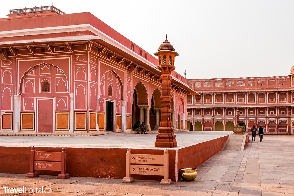 Městský palác ve městě Jaipur