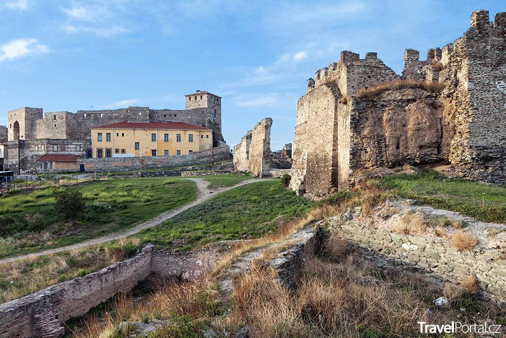 středověký hrad a vězení ve městě Soluň