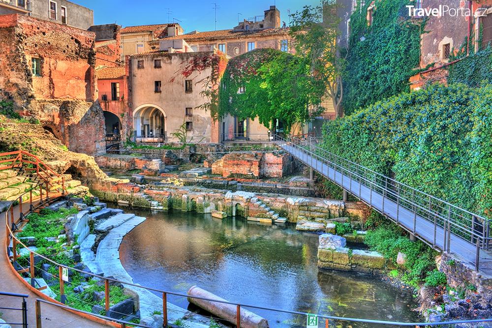 římské divadlo ve městě Catania