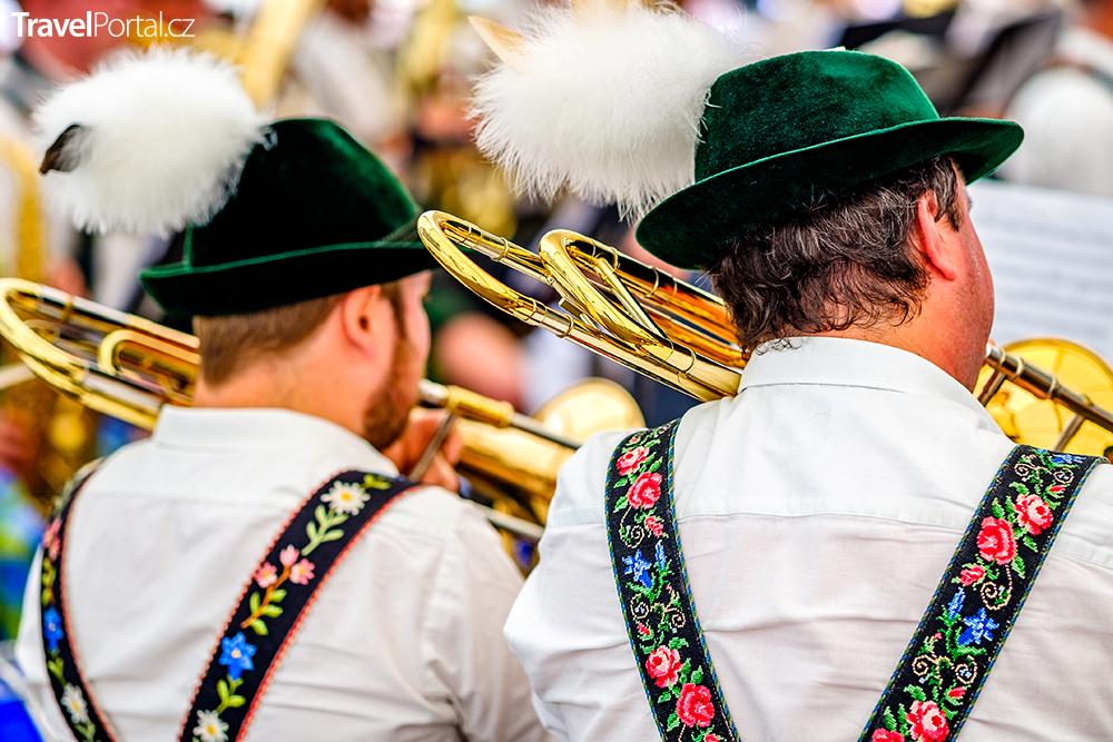 Mnichov se připravuje na Oktoberfest 2019