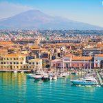 město Catania na Sicílii