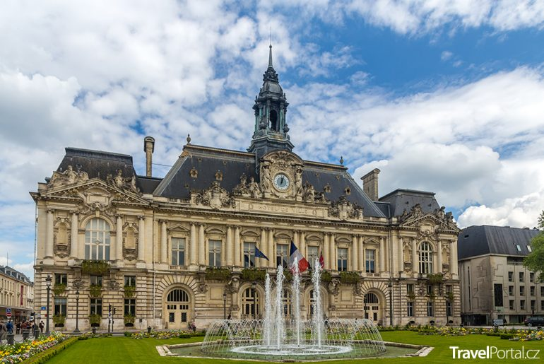 radnice v Tours