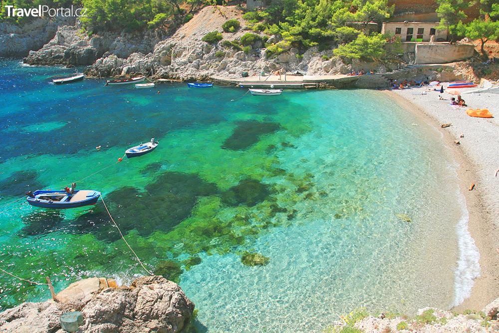 pláž na ostrově Mljet