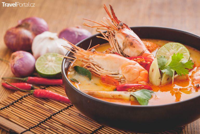 thajská polévka Tom Yum Goong neboli Tom Yam Goong