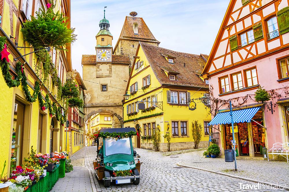 Rothenburg ob der Tauber, malebné středověké historické město v Bavorsku