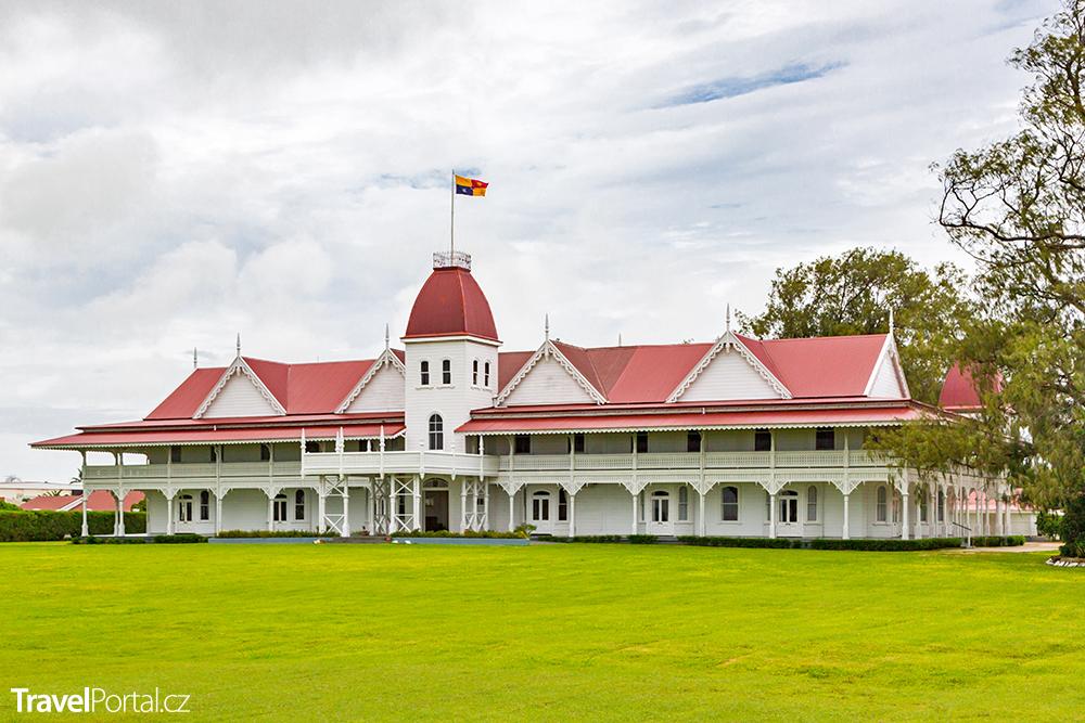 dřevěný královský palác státu Království Tonga