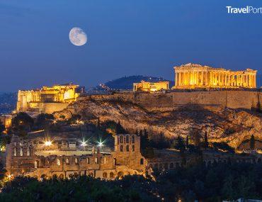 Akropolis včetně chrámu Parthenon ve městě Athény