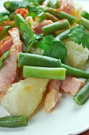 Lutyšský salát patří mezi nejznámější belgické speciality