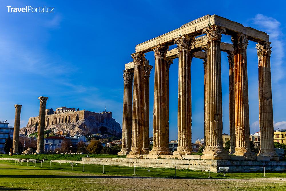 torzo chrámu Dia ve městě Athény