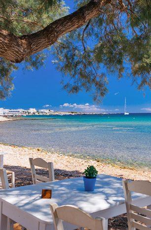 Paros: Romantický řecký ostrov, který míjí masová turistika