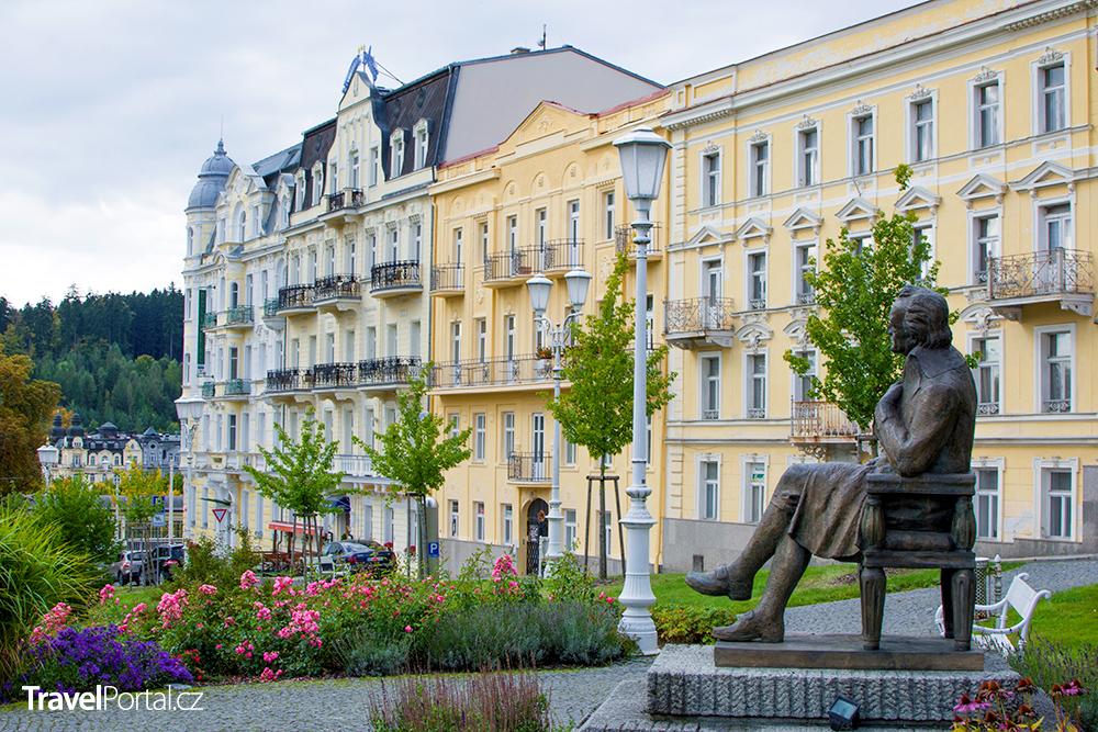 Goethovo náměstí ve městě Mariánské Lázně