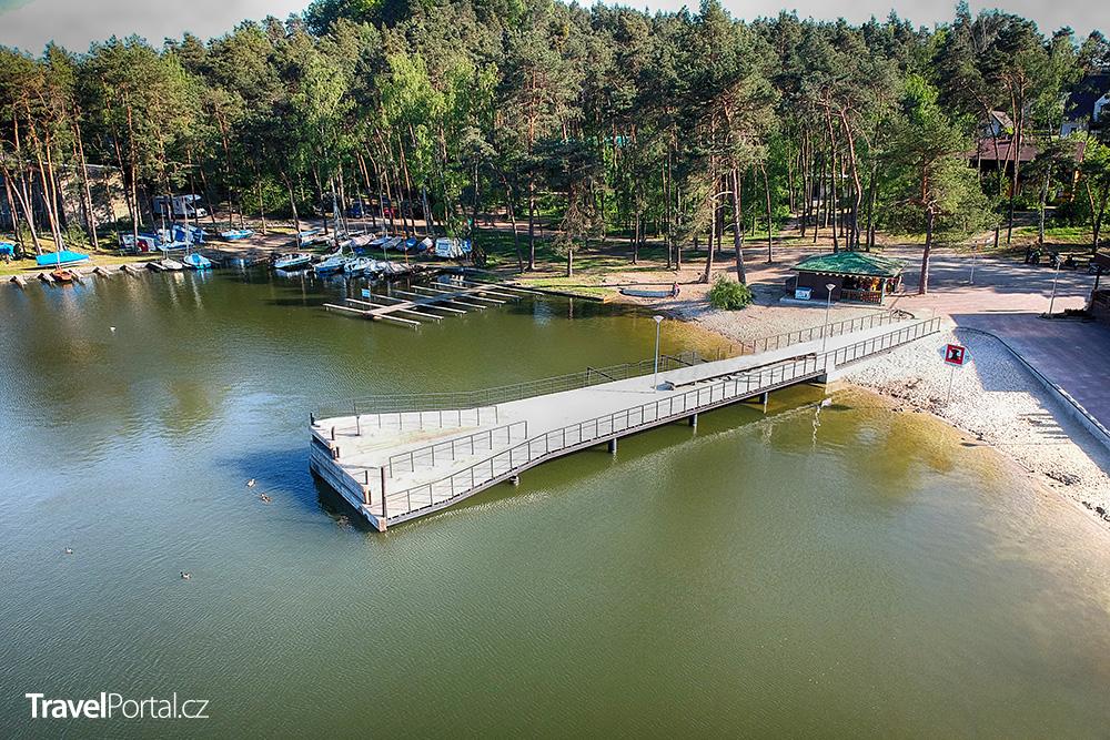 Staré Splavy a Máchovo jezero