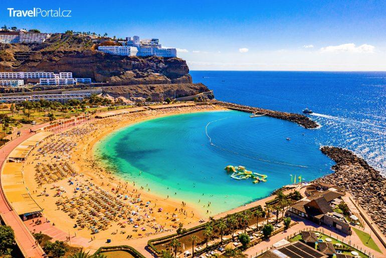 pláž Amadores na ostrově Gran Canaria