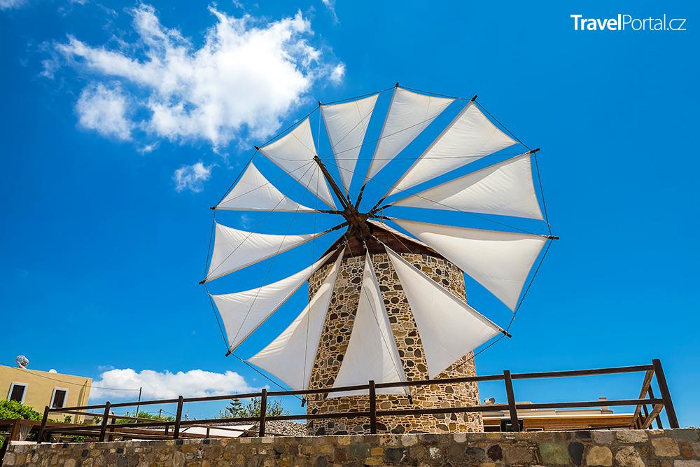 větrný mlýn ve vesnici Antimachia