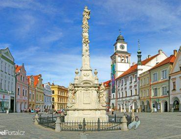 Mariánský sloup na Masarykově náměstí ve městě Třeboň