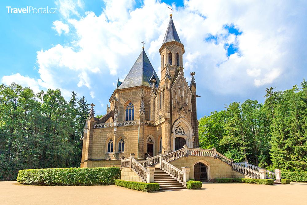 Schwarzenberská hrobka ve městě Třeboň