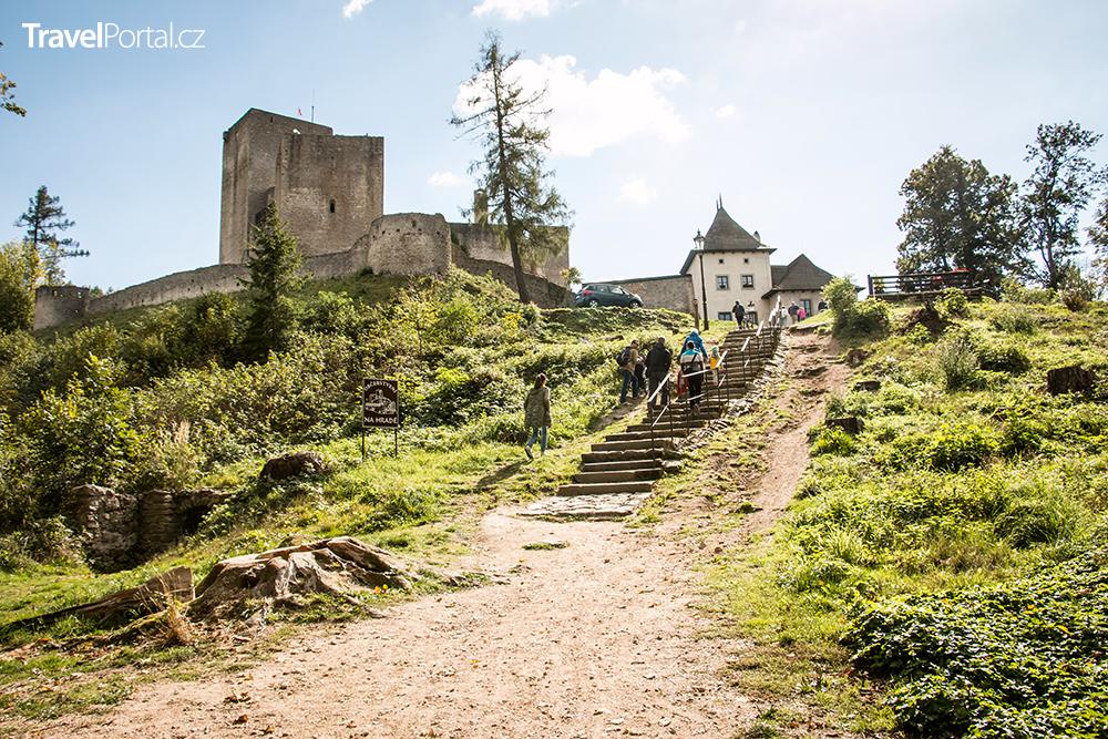 cesta k hradu