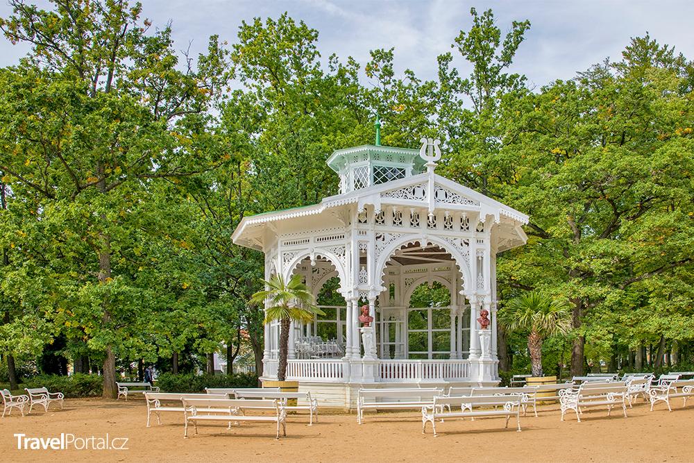 hudební pavilon Františka Palackého ve městě Františkovy Lázně