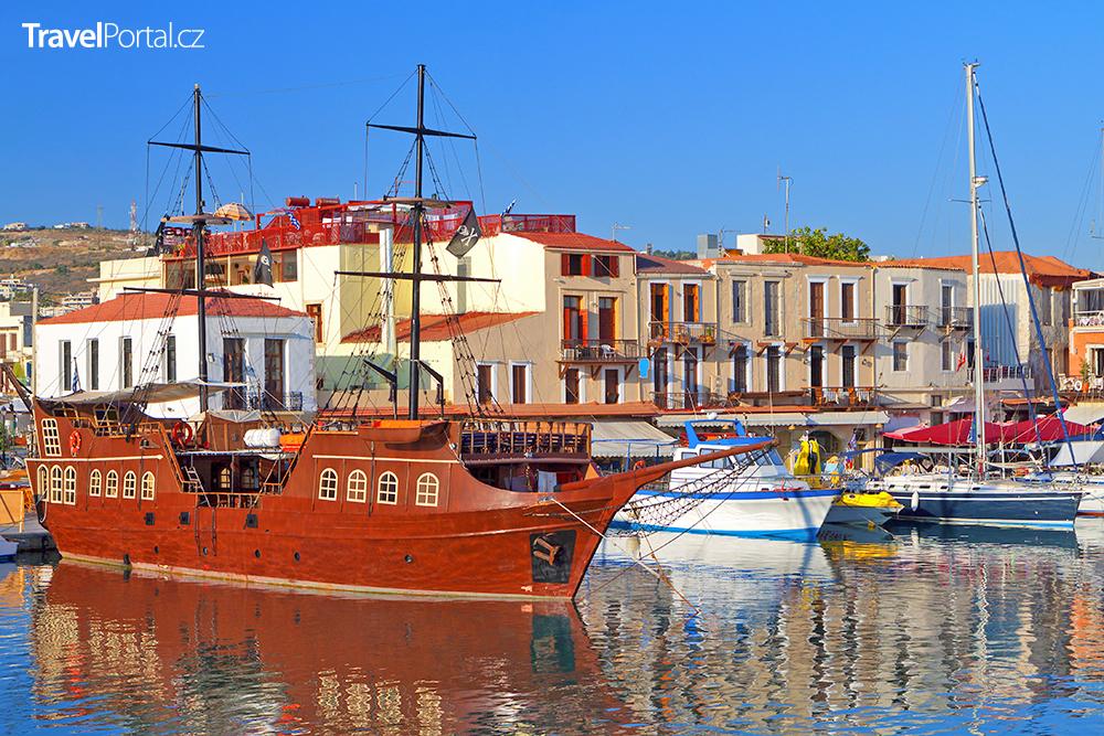 benátský přístav ve městě Rethymno