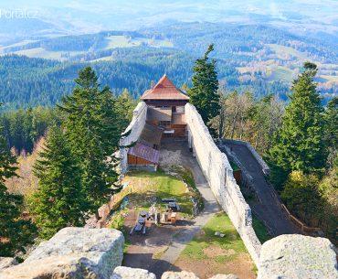 hrad Kašperk a výhled na Šumavu