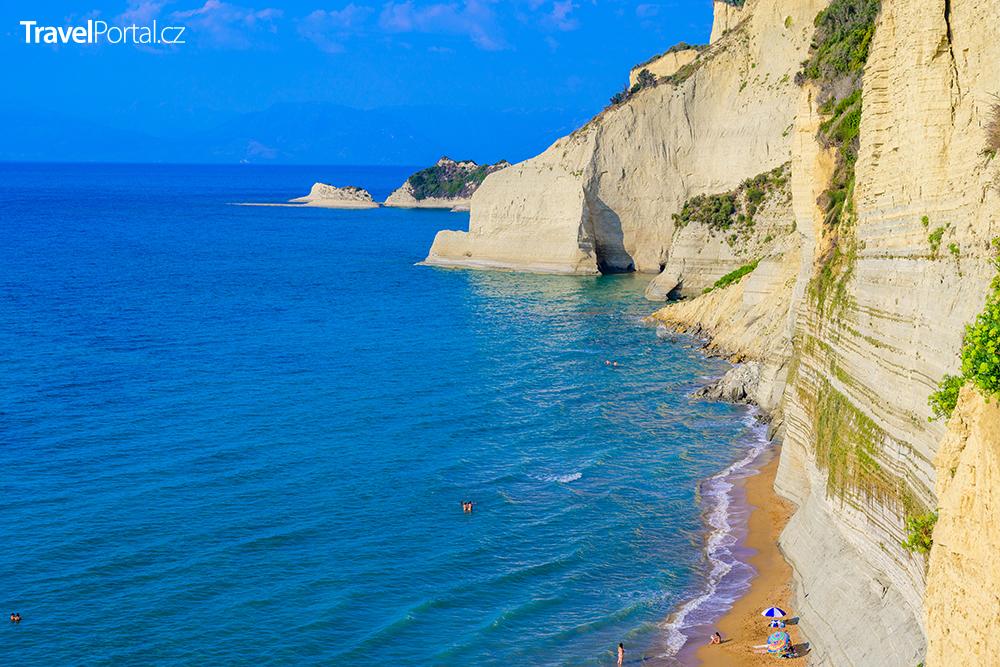 pláž Loggas na ostrově Korfu