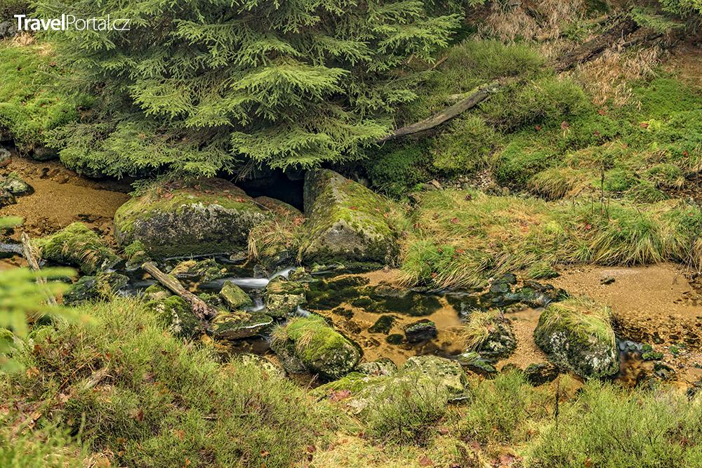 potok nedaleko vodopádu Velký Štolpich