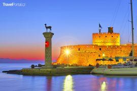 řecký přístav Mandraki