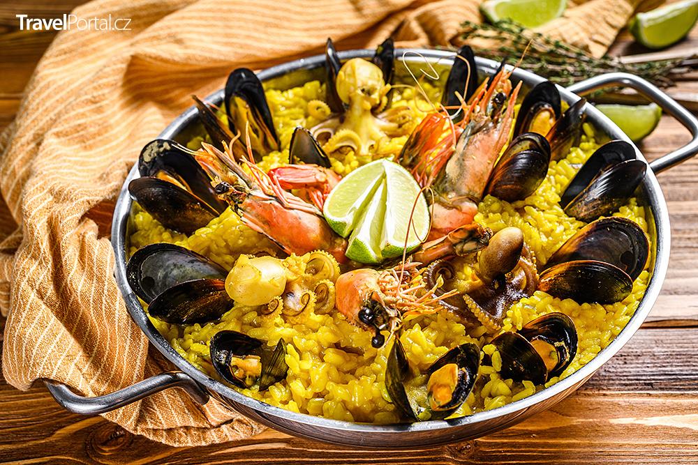 španělský národní pokrm paella