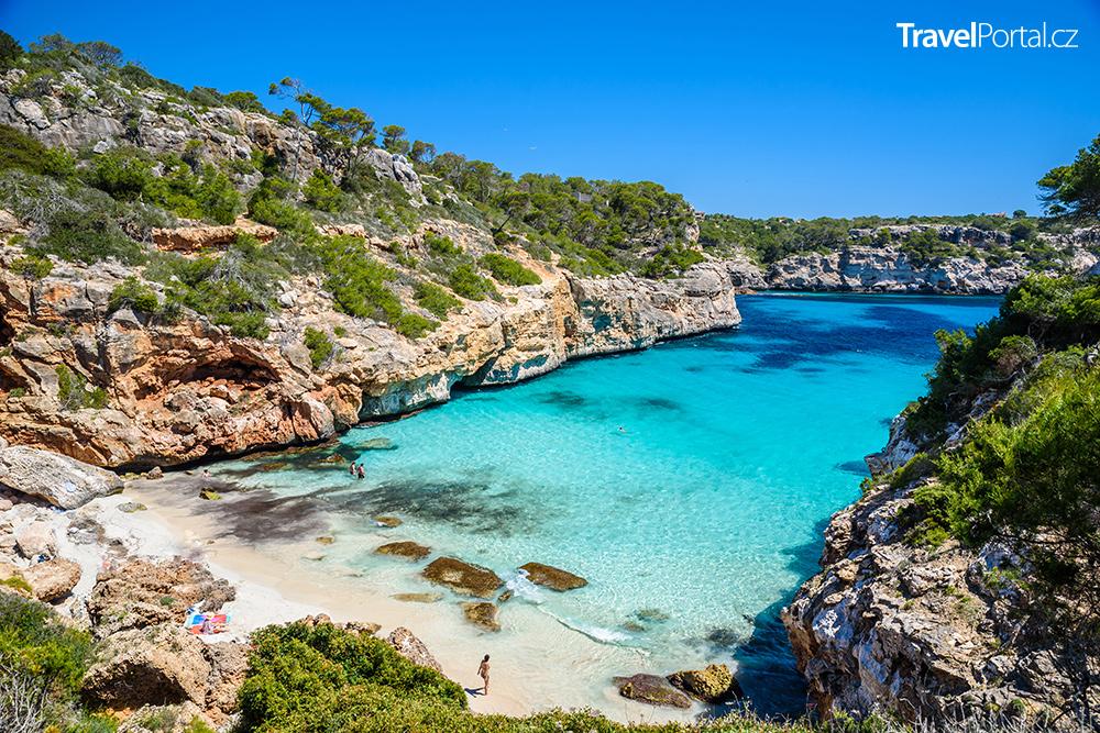 Caló des Moro na ostrově Mallorca