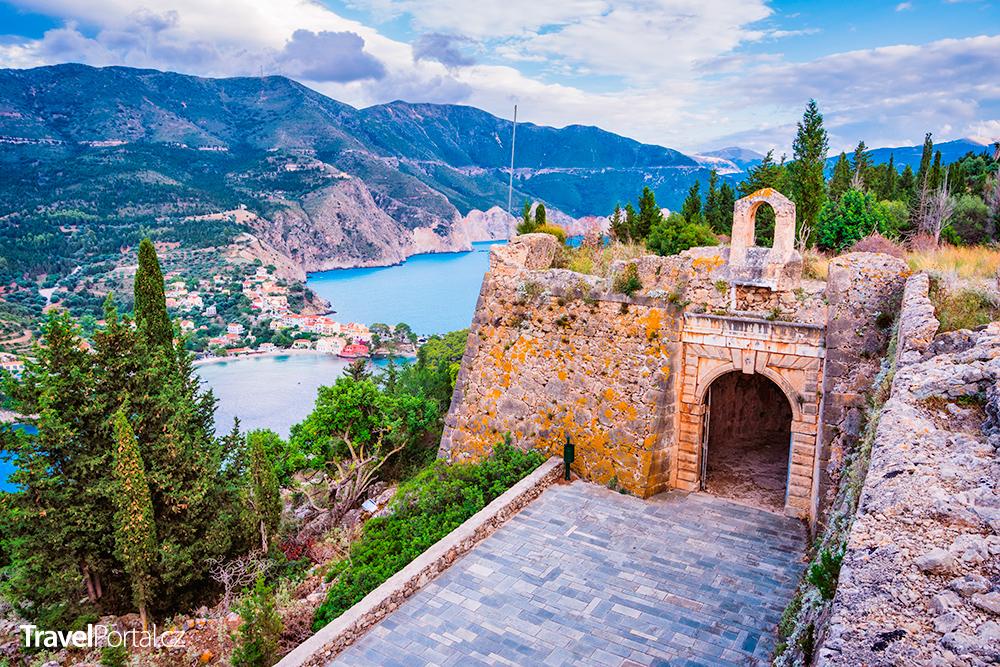 brána hradu Asos na Kefalonii