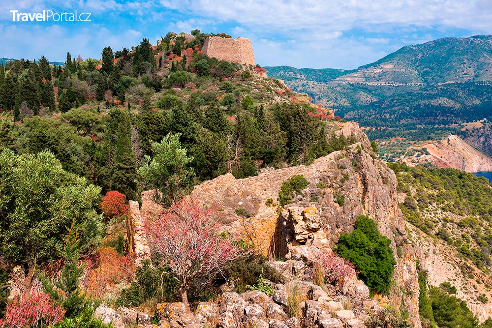 hrad Asos na poloostrově Frourio