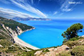 pláž Myrtos na řeckém ostrově Kefalonie