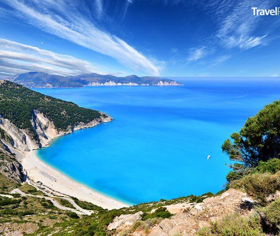 Myrtos: Pláž na ostrově Kefalonie patří k nejkrásnějším na světě