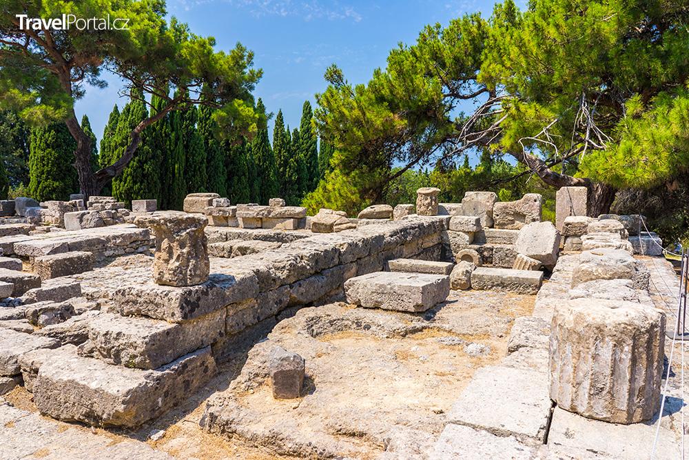 ruiny chrámu Athény Polias
