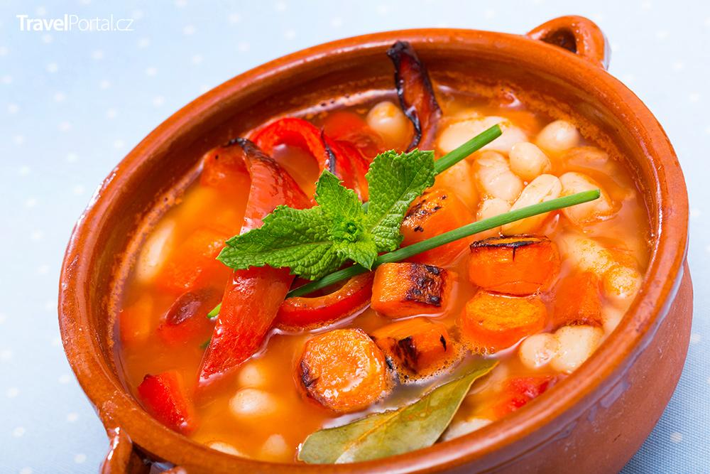 bulharská polévka bob čorba