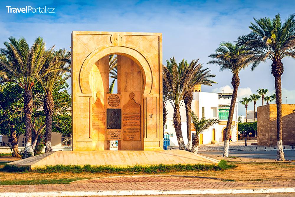 mauzoleum právníka a politika Tahara Sfara