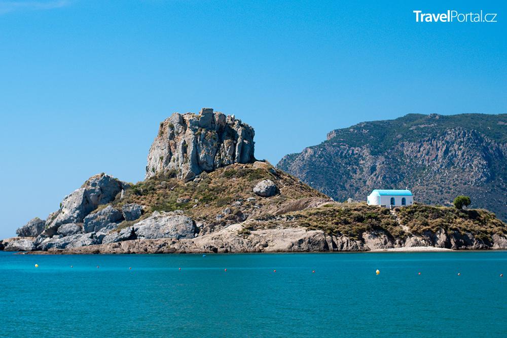 ostrůvek Kastri s kostelem Agios Nikolaos