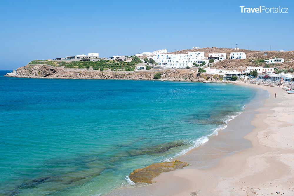 pláž Agios Stefanos nedaleko letoviska Kefalos na ostrově Kos