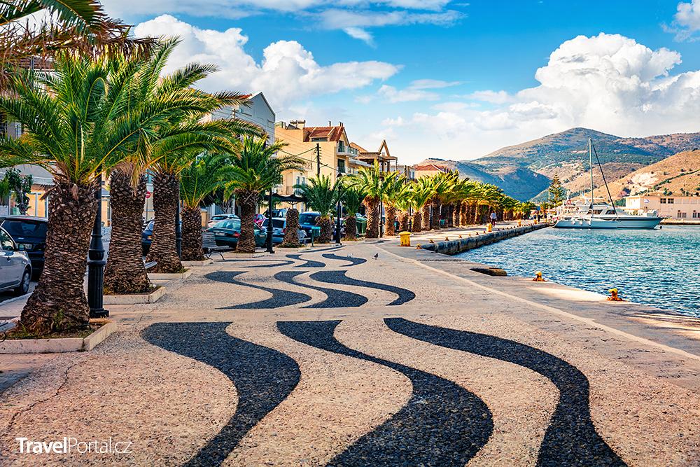 promenáda ve městě Argostoli