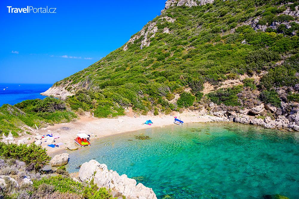 zátoka na ostrově Korfu