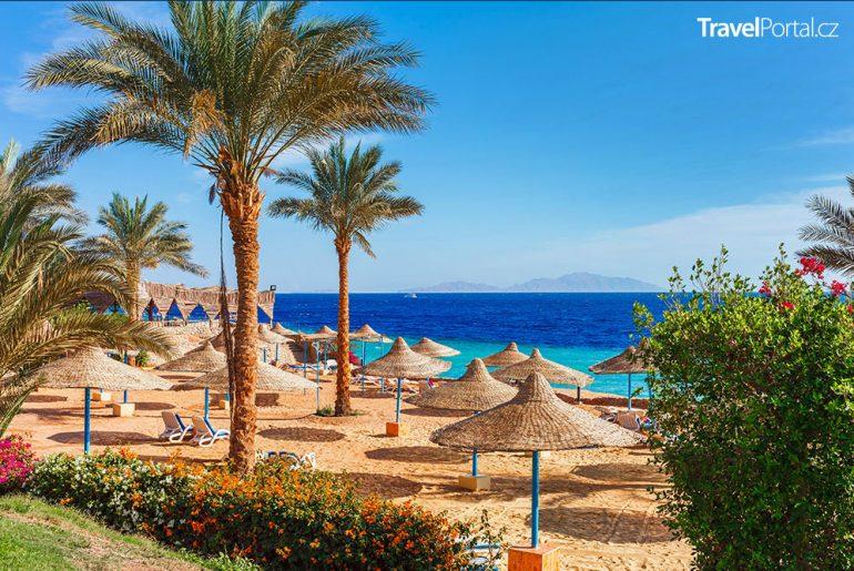 pláž v egyptském Sharm El Sheikhu
